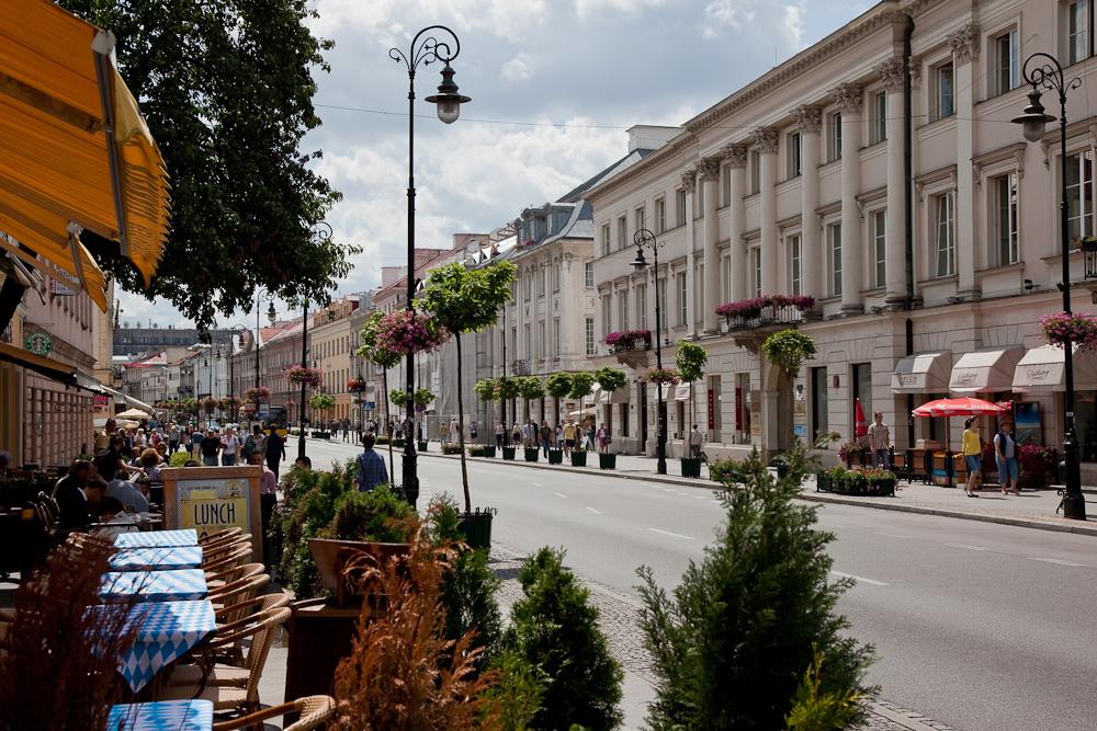 Ulica_Nowy_Świat_Warszawa