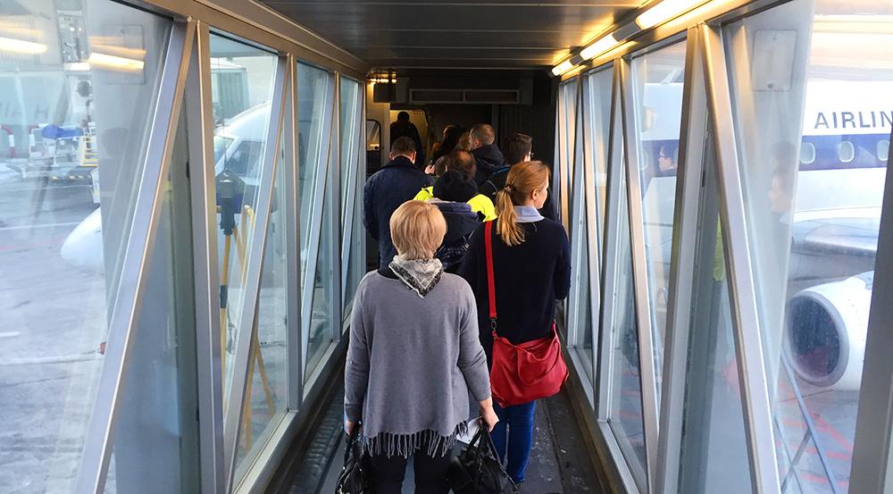 Как ориентироваться в аэропорту? Последовательность действий